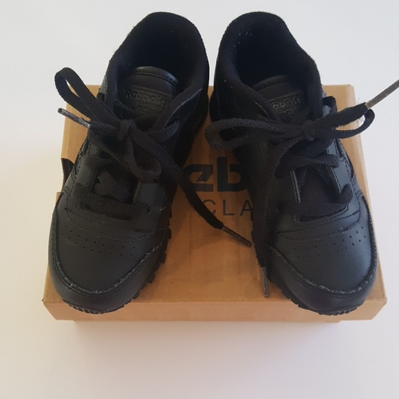 c9733dce308 Toddler 8.5 classic leather Reebok. M 5a551d5f50687c51bd05d1ea